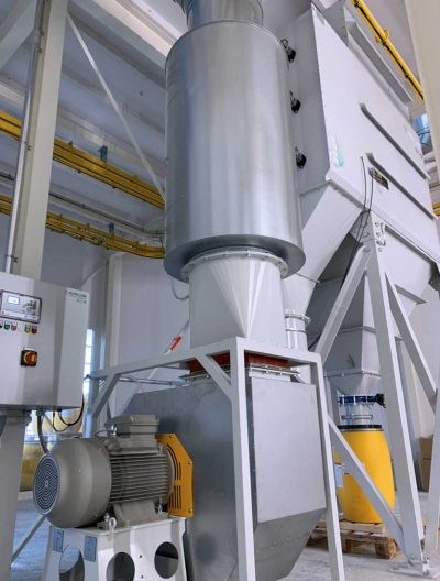 FILTRACON dust collector cartridge collector wet painting Hochdorf