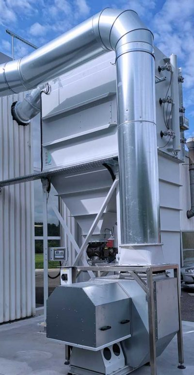 FILTRACON Entstaubungsanlage Patronenfilter Trockenbearbeitung von Carbon ATEX Porrentruy