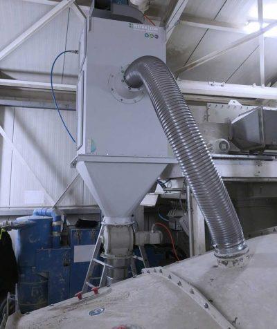 FILTRACON Entstaubungsanlage Patronenfilter Siebentstaubung Boningen